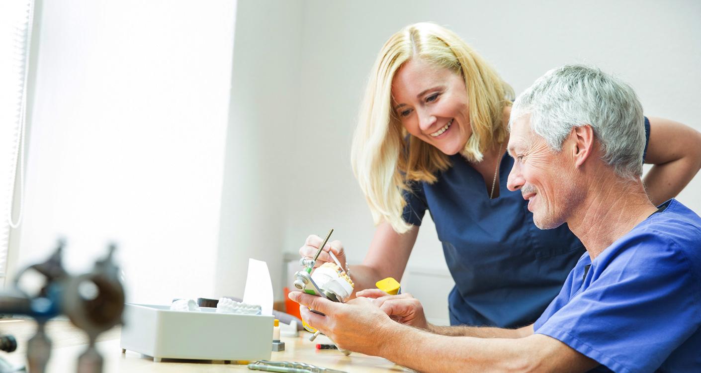 Zahnärzte Dr. Wunderer & Dr. Jung - Zahnersatz – nur Qualität bringt Lebensqualität 1